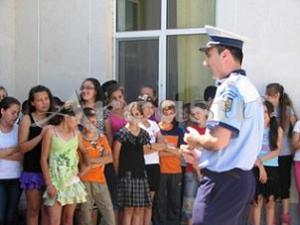 politisti_elevi
