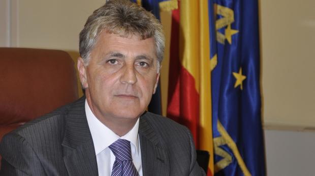 Ministrul Apărării Mircea Dușa va fi prezent la ceremonia de deschidere a noului an școlar, la Colegiul Militar din Alba Iulia