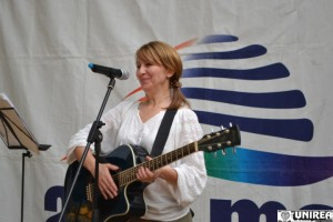 concert folk alba mall005