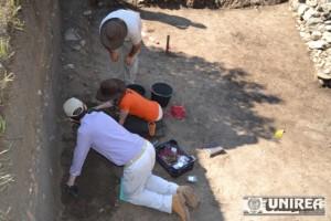 Cercetari arheologice la Alba Iulia23