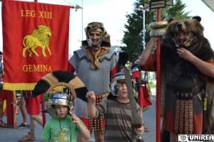 În fiecare vineri din luna iulie, Cetatea Alba Carolina va răsuna de strigătele războinice ale romanilor şi dacilor