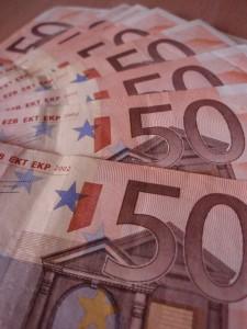 rp_credite-valuta-225x300.jpg