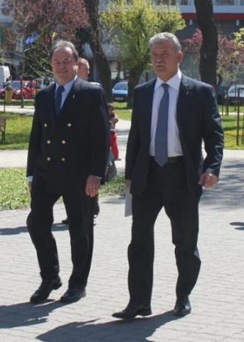 PNL şi-a lansat în dezbatere Programul de guvernare. Vezi declaraţia copreședintelui Vasile Blaga
