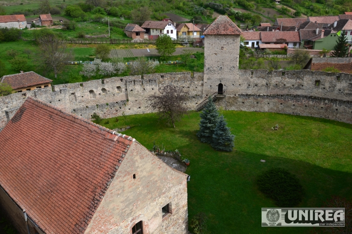 Cetatea din Calnic99