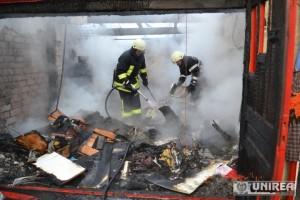 incendiu garaj Alba Iulia (2)