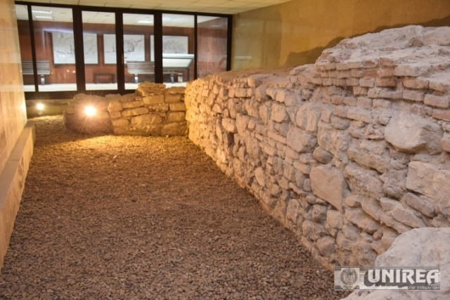 toaleta publica Cetatea Alba Carolina01